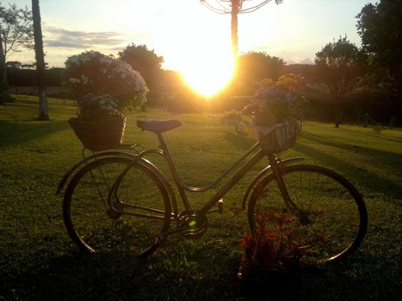 Bicicleta e pôr-do-sol!