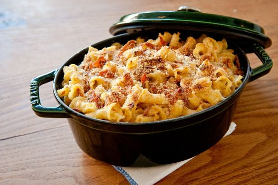 ... this macaroni and cheese with prosciutto hits a great textural note