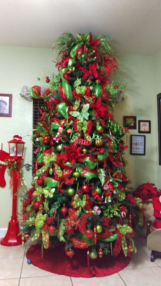 Christmas Tree Decorations Gold And Red 2020 40+ Best Christmas tree decor ideas & inspirations for 2020   Hike