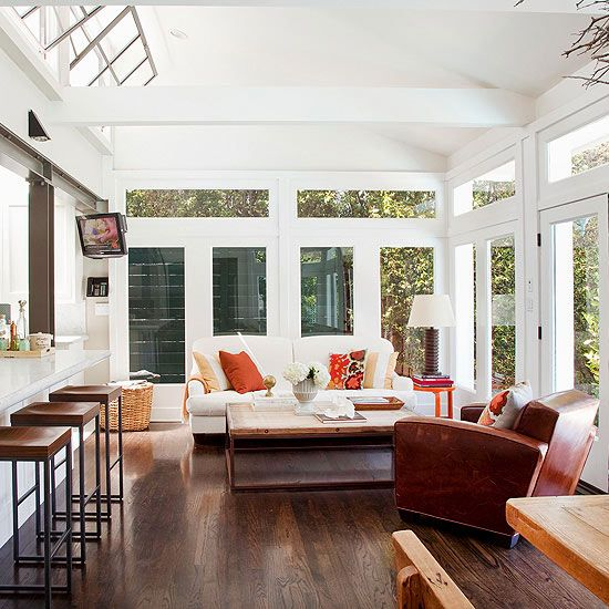 Sunroom decorating and design ideas sliding doors doors for Large windows for sunroom