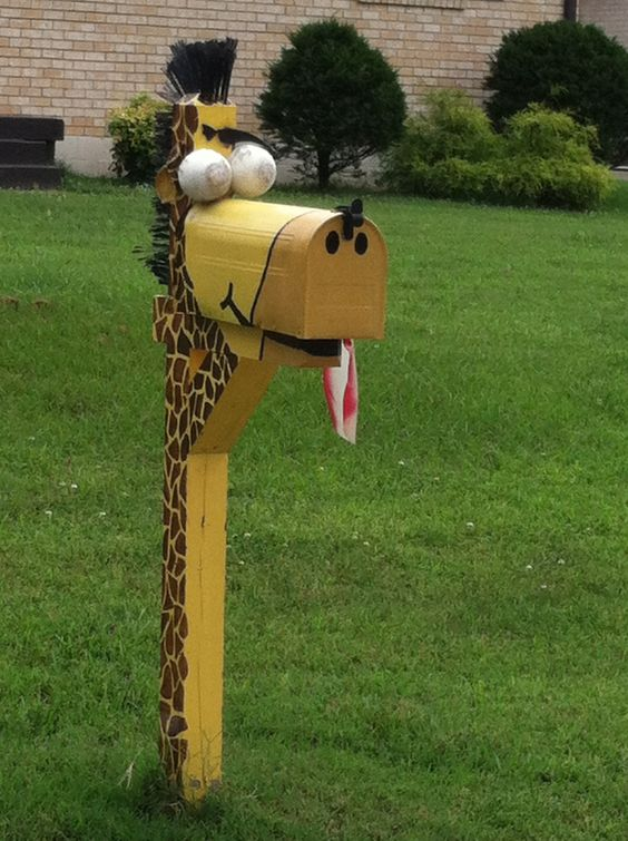 Giraffe mailbox the mail is here pinterest giraffes - Unique mailboxes for rural ...
