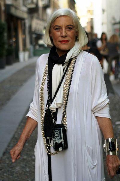 Cada uma com seu jeito, seu estilo, sua personalidade,amiga viva50, quem faz a moda é você!   ...