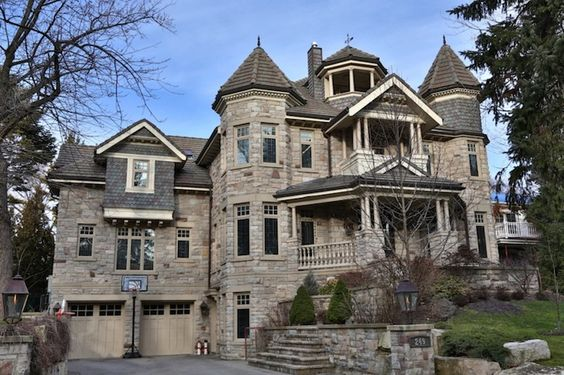 Canada mansions and ontario on pinterest for Custom victorian homes