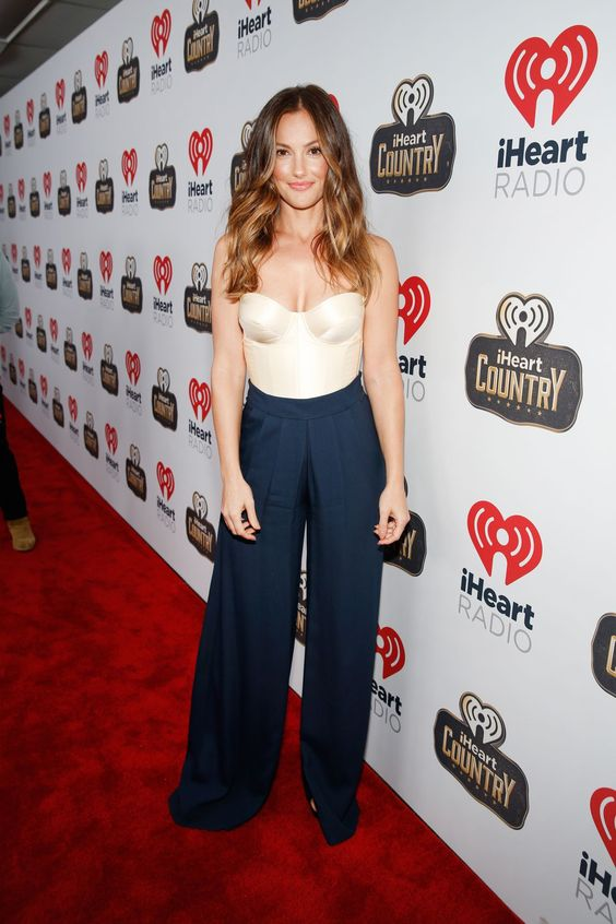 minka-kelly-2016-iheartcountry-festival-in-austin-tx-2.jpg (1280×1920):