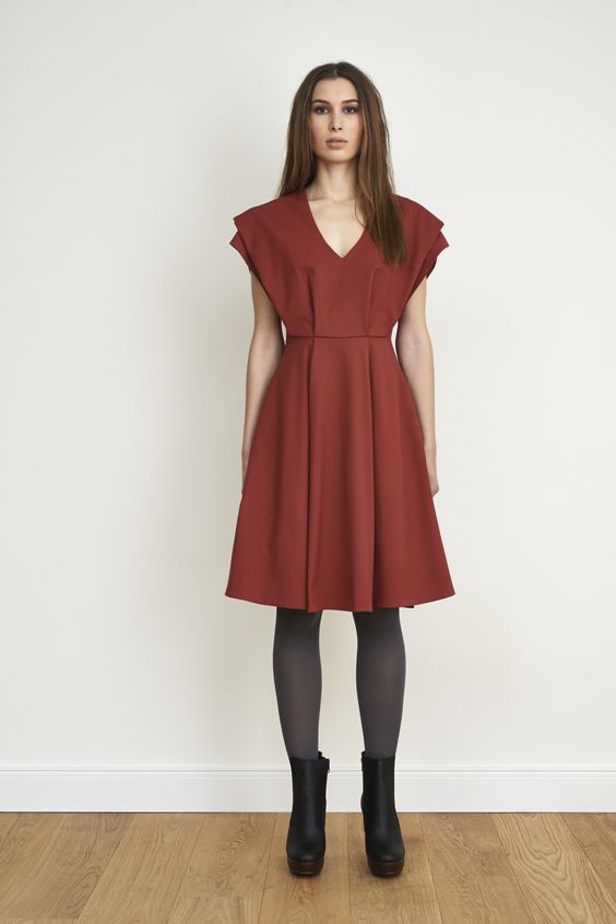 brick red dress with v-neck and a-line skirt #NUSUM fall winter 1314 #fashion #style #look #lookbook #design #hamburg