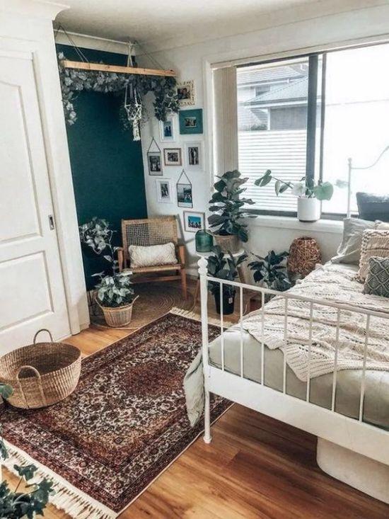Boho Bedroom Decor With A Persian Rug In 2020 Bedroom Vintage Simple Bedroom Master Bedrooms Decor