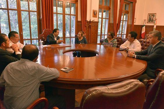 Duarte se reunió con esposa del periodista Manuel Torres