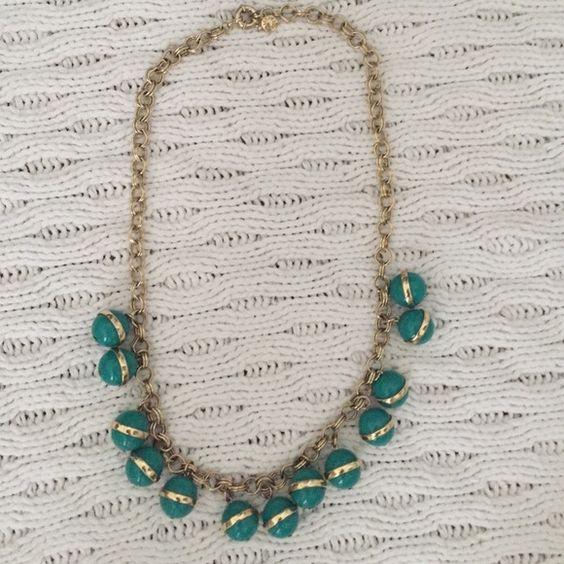 J.Crew necklace Green and gold statement necklace, hits just at the chest when on! J. Crew Jewelry Necklaces