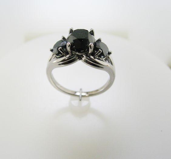 14KW ladies custom ring mounting for customers 3 black diamonds