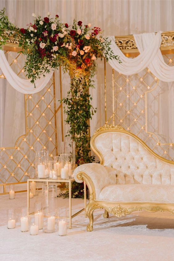 Vibrant White and Gold Wedding Decor Ideas, df1a28a7e1683b68d6286047f3ae7be6
