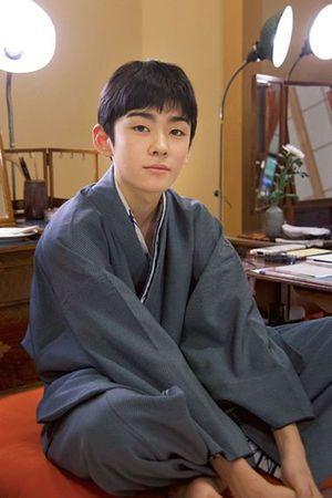ジッと見つめる眼差しに力強さを感じる八代目市川染五郎のかっこいい画像