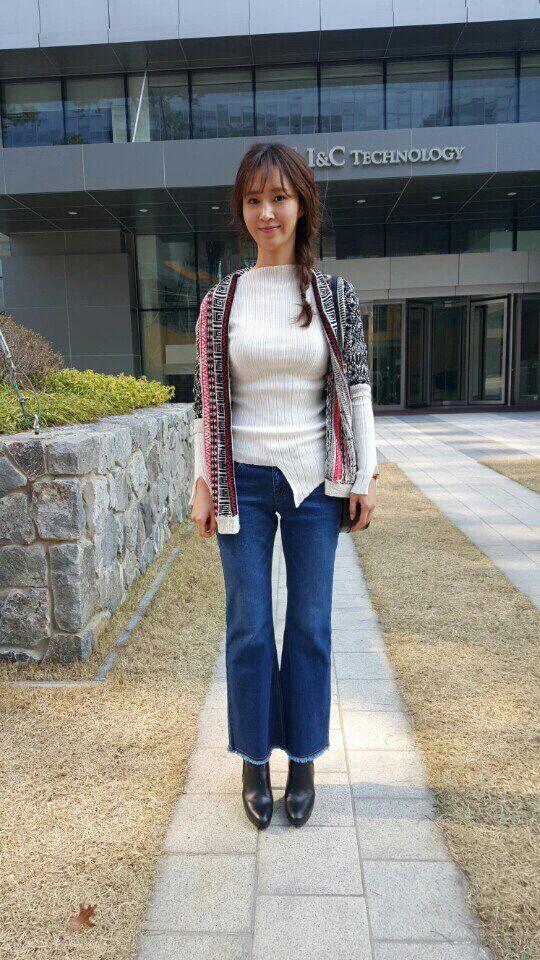 Snsd yuri fashion style