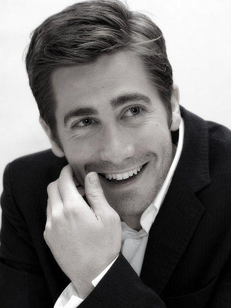 Jake Gyllenhaal celebrities-i-love