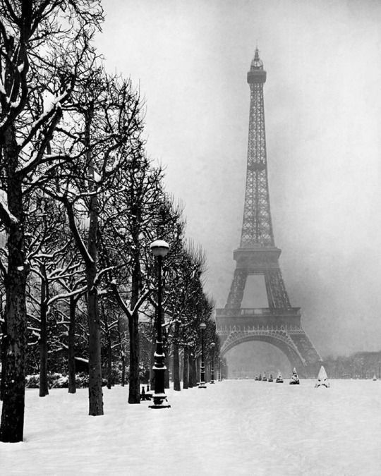 The Eiffel Tower, winter of 1948 - Paris, France. (Dmitri Kessel—The LIFE Picture Collection/Getty Images) #prayersforparis