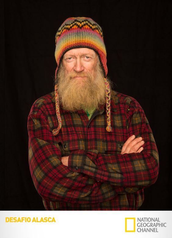 Conheça Willi Prittie, um dos oito exploradores desta expedição de proporções épicas.  Desafio Alasca. #DesafioAlasca Confira conteúdo exclusivo no www.foxplay.com