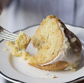 Buttermilk cake with Spiced Vanilla Icing