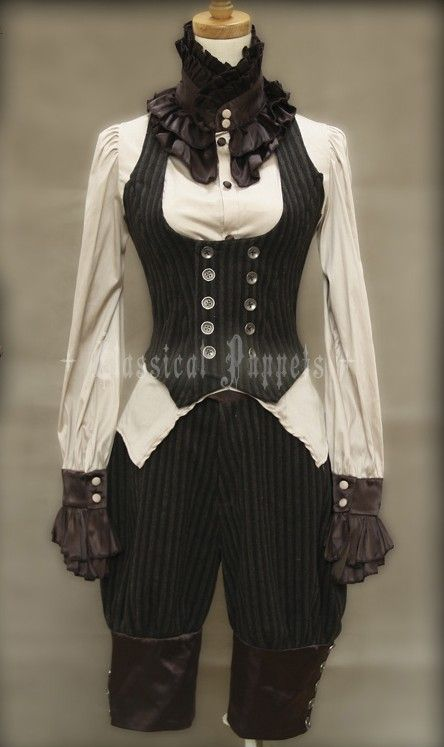 Adorable outfit with great use of contrast and silhouette to make this feel like an everyday outfit rather than a costume. Love the lace collar and cuffs.