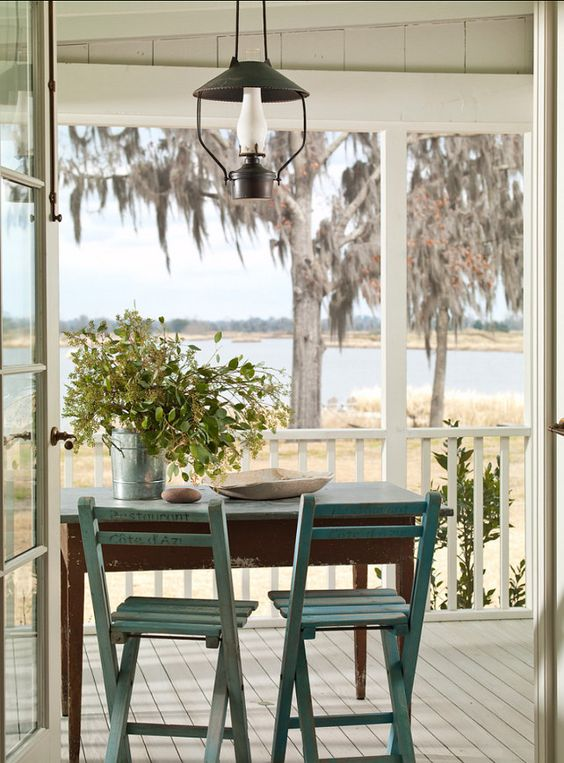 Southern Cottage - Home Bunch - An Interior Design & Luxury Homes Blog