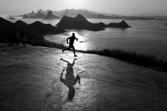 Corriendo al amanecer