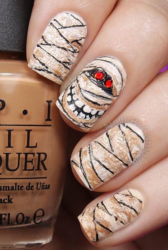 Halloween nail art-44 - 65 Halloween Nail Art Ideas  <3 <3
