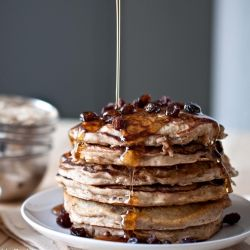 Oatmeal Cookie Pancakes: sometimes when a pancake and an oatmeal cookie love each other veeery much...
