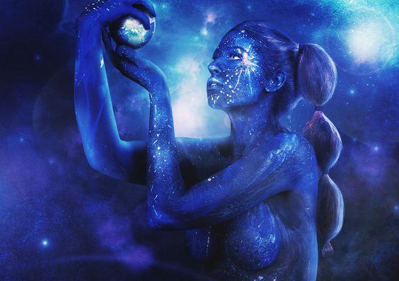 https://flic.kr/p/oUbhfj | Universe | Licht-und Schattenspiel Photography Model: Salome Sinthetic Body painting: Kara Michelle Makeup