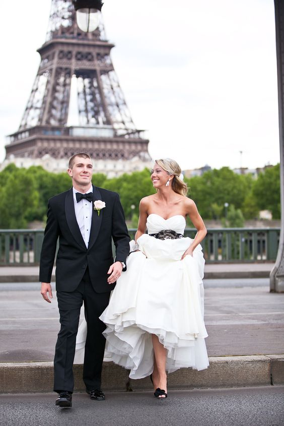 Is there anything more romantic than an elopement to Paris?