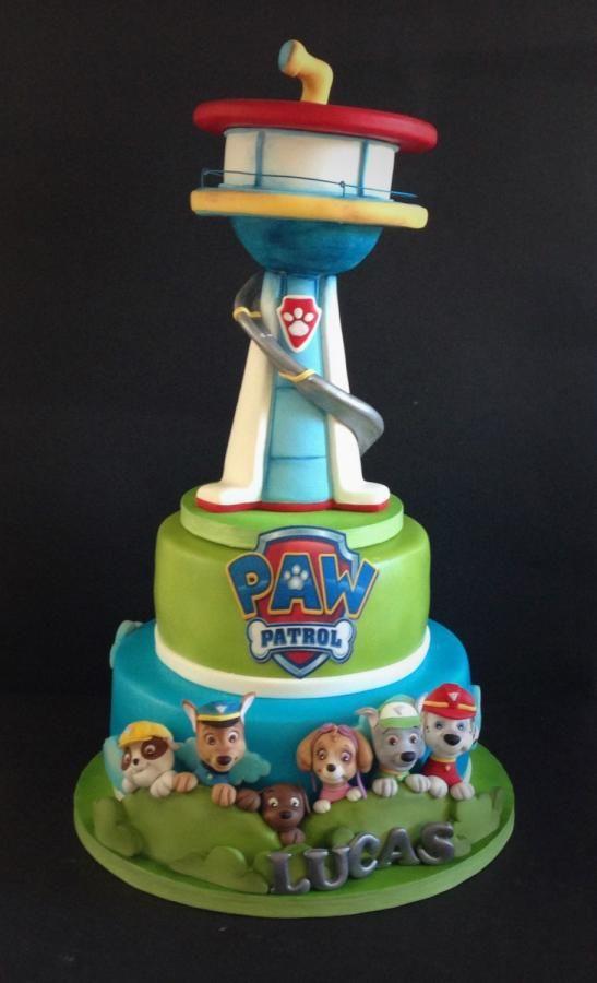 Tarta de Paw Patrol. Perfecto para una celebración temática.#PatrullaCanina #torta