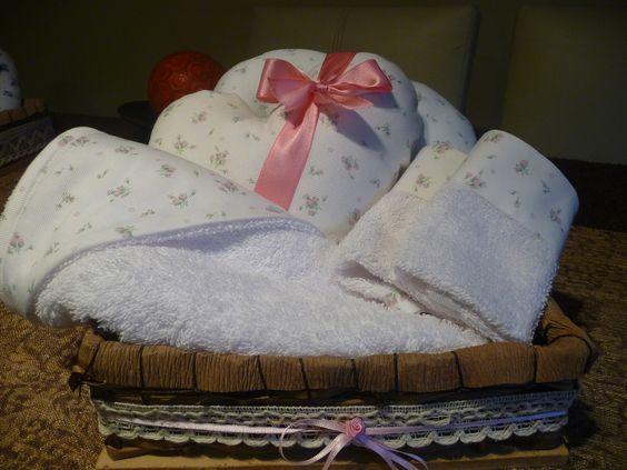 Canasta de regalo para recién nacido..