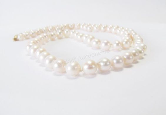 "A Classic Jewelry Staple! 20"" Strand of Cultured Pearls #pearls #classic #musthave #wickliffauction"
