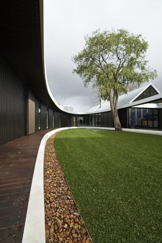 The Subiaco Oval Courtyard, by Luigi Rosselli Architects. Photograph © Edward Birch.