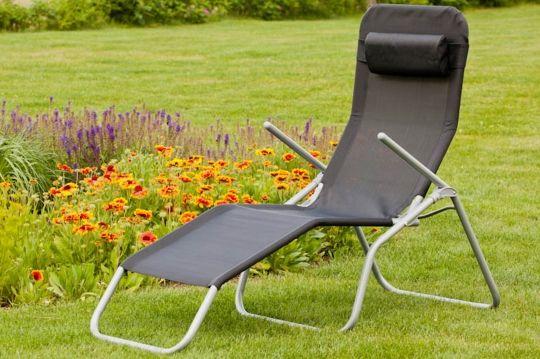 Sonnenliege aus Stahl mit Textilbespannung von Merxx, klappbar, verschiedene…