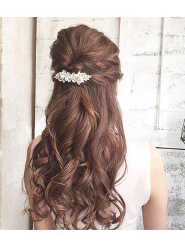 結婚式 二次会の可愛い髪型 お呼ばれヘアアレンジカタログ2017