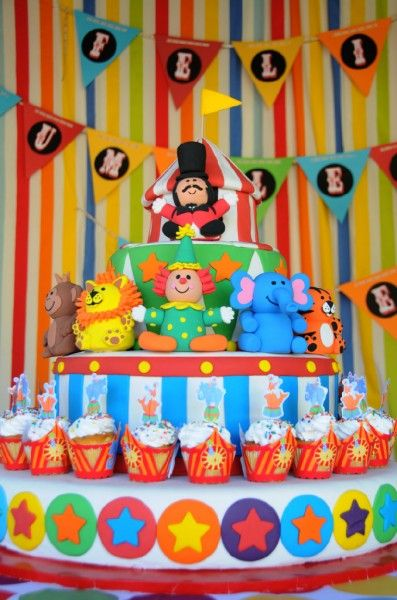 Circus Party: Party Cake, Circus Cakes, Circus Theme Cake, Birthday Cake, Birthday Party