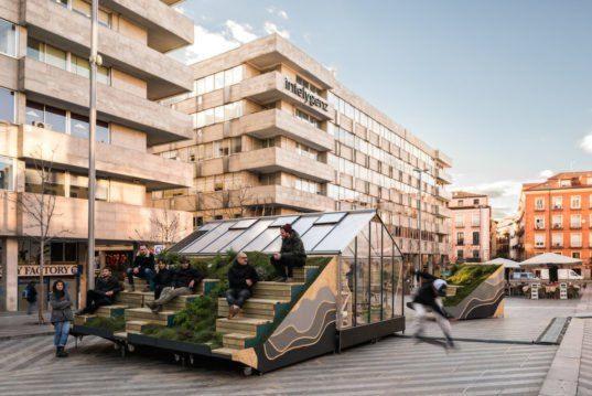 Experimental Furniture Eyeing Urban Regeneration Pops Up In Madrid Street Furniture Interior Architecture Design Landscape Architecture