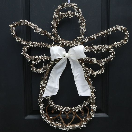 Just another unique design - Angel Wreath- from Ever Blooming Originals ™ that you will not find anywhere else!!! You saw it here first ! An angel wreath available in a small and large size. You choos