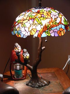 Stained glass lamp with two birdies