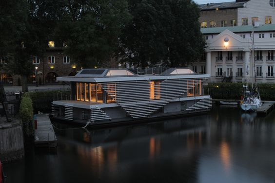 sanitov studio: inachus floating home