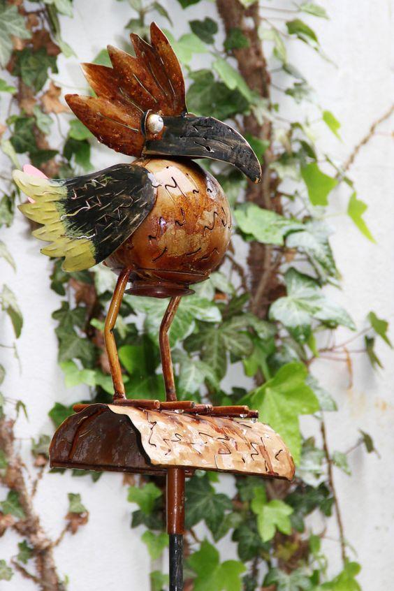 2014-05-02: strange bird