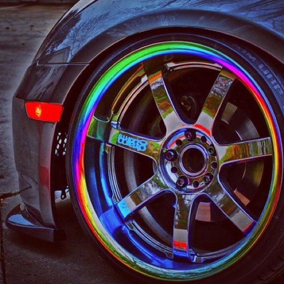 neon chrome rims.  For the chav buried deep down inside me ☺️ boy these would of been immense back in our 'boy racer' days