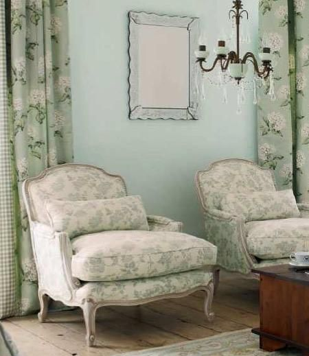 Green vintage and chairs on pinterest - Muebles laura ashley ...