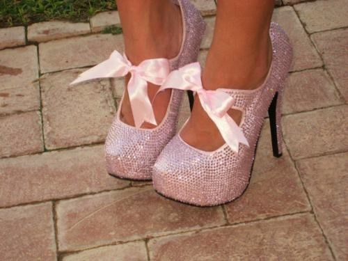 pink shoes....