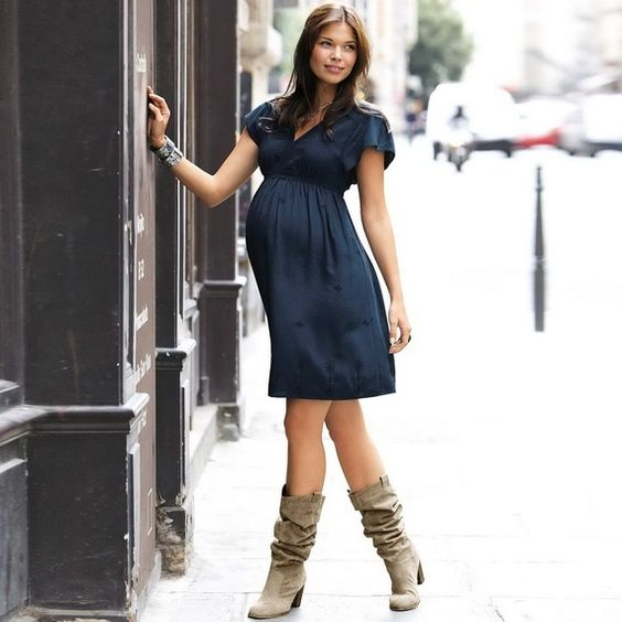 maternity dress love the boots, very casual and fresh look Fabulous outfits | Big Fashion Show maternity dresses