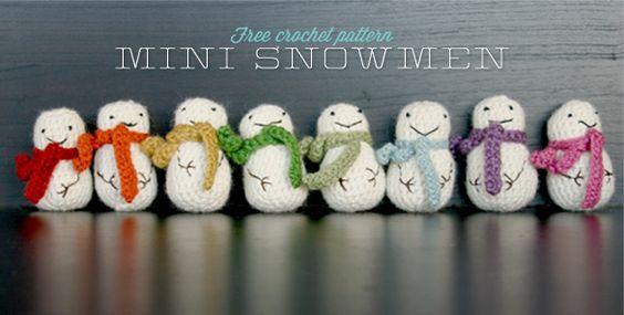 MOM!!!  The Dapper Toad: Free Mini Snowman Crochet Pattern
