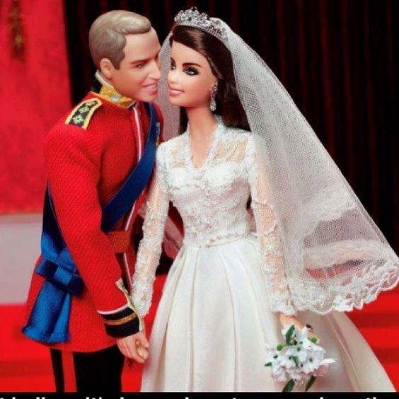 Will and Kate Barbies ❤❤❤  Allyson wants these...
