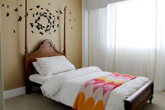 Chris loves Julia: HOUSE TOUR black butterflies on wall above bed in little girl's room