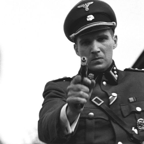 How to write an essay on a movie (Schindler's list) ?