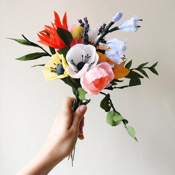 Bouquet de papier coloré / cadeau fête des mères / fleurs pour