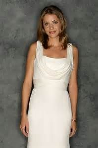 ... julie gonzalo exclusive access actress julie gonzalo winner of the