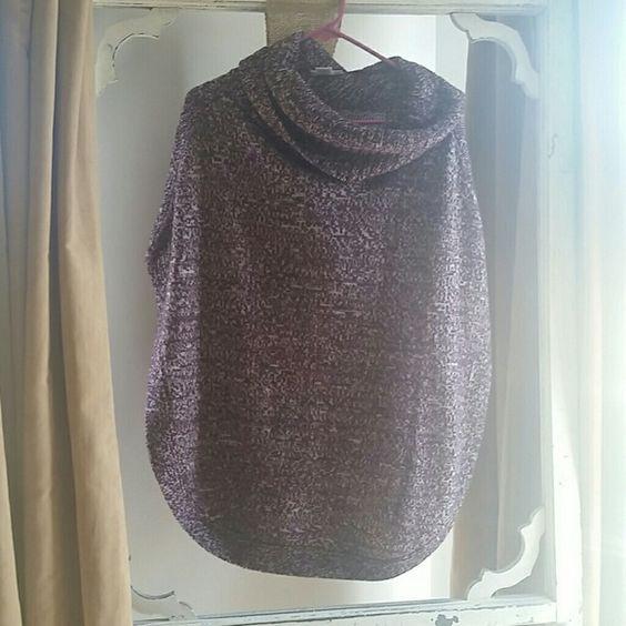 Purple poncho Worn twice New York & Company Sweaters Shrugs & Ponchos